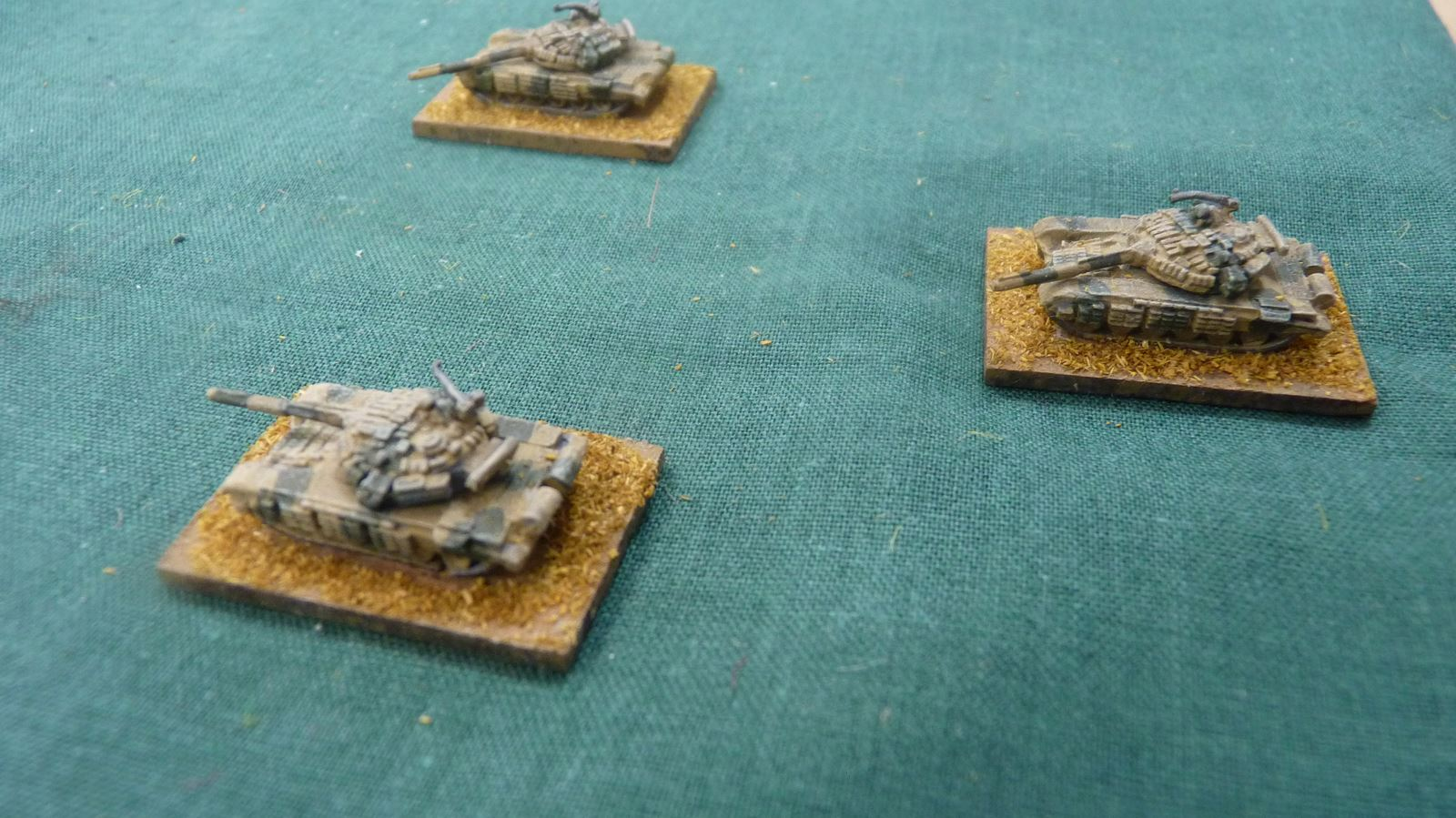 Indian tanks enter the table and fire unsuccessfully at the Chinese